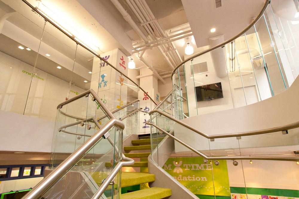 mackenzie kay - 31 stairsgoingup (Copy)